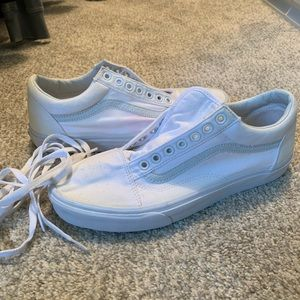 WHITE VANS men's size 9.5 women 111